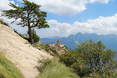 The chess pavilion in the mountains Huashan Mountain, China. Gorgeous views of the chess pavilion in the mountains Huashan Mountain, China Royalty Free Stock Photos