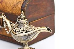 Chest and aladin lamp Royalty Free Stock Photography
