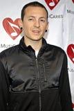 Chester Bennington (Linkin Park) en la alfombra roja foto de archivo libre de regalías