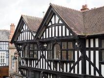 CHESTER CHESHIRE /UK - 16 DE SETEMBRO: Tudor Buildings idoso em Ches imagens de stock