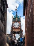 CHESTER CHESHIRE /UK - SEPTEMBER 16: Viktoriansk stadsklocka i Che Royaltyfria Bilder