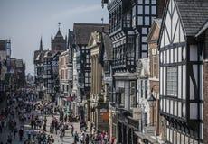 Chester, Engeland, het UK - de straten in de zonneschijn royalty-vrije stock fotografie