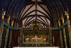 CHESTER, HET UK - 8TH MAART 2019: Een beeld van Jesus hangt in Chester Cathedral stock foto