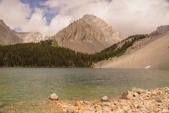 Chester Lake en Vlagerige Piek stock foto's