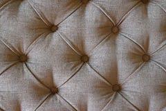 Chesterfield-Muster-Sofa oder Osmane-Couchtisch Lizenzfreies Stockbild