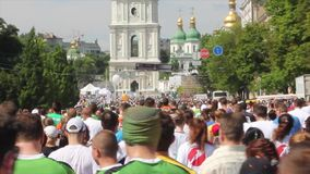 Chestnut run 2016 Kiev Ukraine 29.05.2016. Vladimir square. A mass sprint athletes and fans stock footage