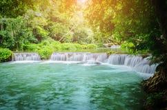 Chet Sao Noi vattenfall i den Khao Yai nationalparken Arkivfoton