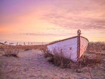 Chetzmoka-Ruderboot, auf den Strand gesetzt Lizenzfreies Stockbild