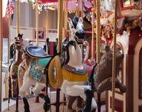 Cheval découpé par carrousel de bord de la mer Photographie stock libre de droits