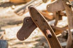 Cheval de basculage en bois antique d'en-têtes Photographie stock libre de droits
