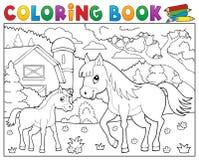 Cheval de livre de coloriage avec le thème 2 de poulain Photographie stock
