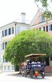 Cheval et chariot à Charleston du centre photos stock