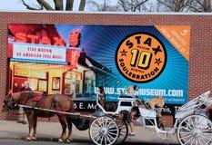 Cheval et chariot sur la rue célèbre de Beale, Memphis Photographie stock