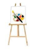 Chevalet en bois de peinture de support avec la palette de couleurs Image stock