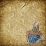 Chevalier blindé sur cheval de bataille blanc - rétro carte postale Photo stock