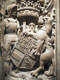 Chevalier et lion dans la pierre Images libres de droits