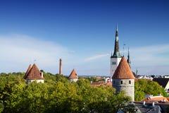 Chevaliers de la ville médiévale Photographie stock libre de droits