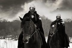 Chevaliers médiévaux de rue John (Hospitallers) Images libres de droits
