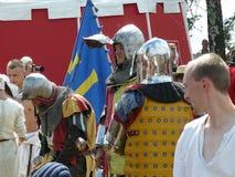 Chevaliers sur la reconstruction de la bataille de Grunwald Photographie stock libre de droits