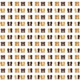 Chevaux noirs et blancs d'échecs Images stock