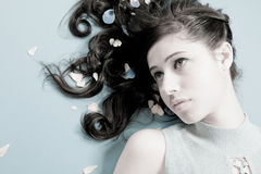 cheveu attrayant de femelle de brunette Photographie stock libre de droits
