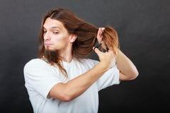 Cheveux de coupe de coiffeur image libre de droits