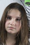 Cheveux de séchage de mère à sa fille photos libres de droits