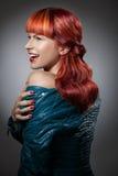 Cheveux rouges Verticale de fille de mode Photo libre de droits
