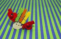 Chevilles en bois multicolores Image stock