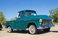 1956 Chevrolet Apache 3100 pick-up Royalty-vrije Stock Afbeeldingen