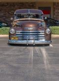 1951 Chevrolet-Aufnahmen-LKW - Brown - Front Portrait stockfoto