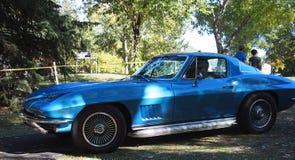 Chevrolet azul restaurado clássico Imagem de Stock Royalty Free
