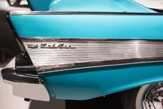 Chevrolet Bel Air στενού επάνω αυτοκινήτων του 1957 εκλεκτής ποιότητας αμερικανικού Πλάγια όψη Στοκ φωτογραφία με δικαίωμα ελεύθερης χρήσης