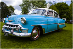 Chevrolet Bel Air 1953 pulverblått Royaltyfria Foton