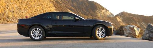 Chevrolet Camaro a Big Sur Fotografia Stock Libera da Diritti