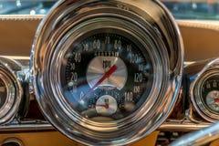 Chevrolet Chevy Impala cabriolet på bilshowen Royaltyfri Fotografi