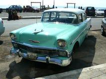 Chevrolet clásico verde y blanco Bel Air en Lima Fotografía de archivo