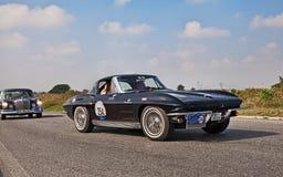 Chevrolet Corvette C2 Sting Ray 1963 dans mamie Premio Nuvolari image stock