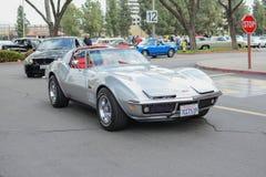 Chevrolet-de klassieke auto van de Korvetpijlstaartrog op vertoning Royalty-vrije Stock Afbeelding