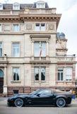 Chevrolet-de luxesportwagen van Korvetzr 1 voor hist wordt geparkeerd die Stock Foto