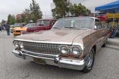 Chevrolet Impala su esposizione immagini stock