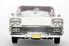 Chevrolet- Impalametalskalaspielzeug-Auto frontview 1958 Lizenzfreies Stockfoto