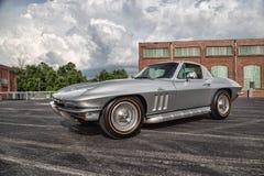 1966 Chevrolet-Korvetpijlstaartrog Stock Afbeeldingen
