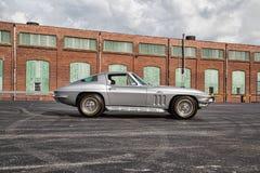 1966 Chevrolet-Korvetpijlstaartrog Royalty-vrije Stock Foto's