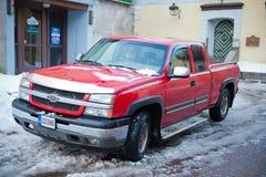 Chevrolet Silverado op een straat omhoog wordt geparkeerd die Stock Foto