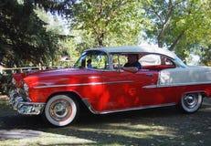 Chevrolet vermelho e branco restaurado clássico Bel Air Foto de Stock