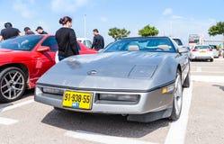 Chevrolet viejo en una exposición de los coches del vintage parqueó cerca de la alameda grande de Regba Fotos de archivo libres de regalías