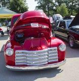 Chevy Antique Pick Up Truck rosso fotografie stock libere da diritti