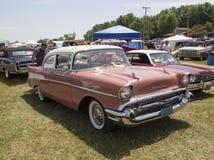 1957 Chevy Bel Air cor-de-rosa Fotografia de Stock