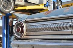 Chevy fuori nell'iarda Fotografia Stock Libera da Diritti